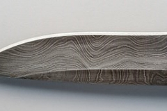cuchillo acero damasquinado